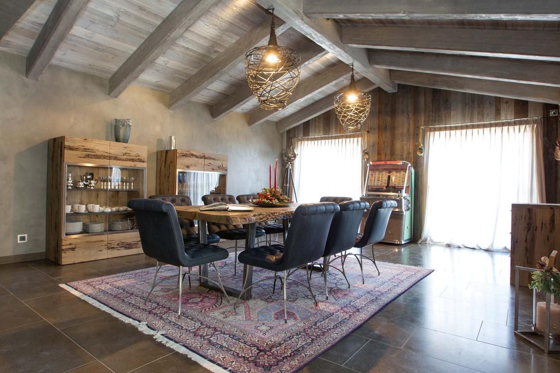 Come arredare casa su misura: qualità artigianale e versatilità da professionisti